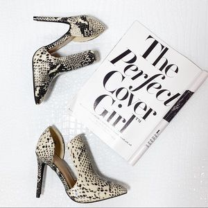 Snakeskin Print cut out heel